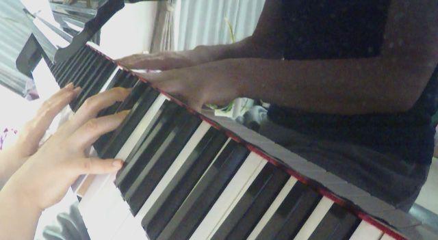 大人になってからでも独学でピアノが弾ける